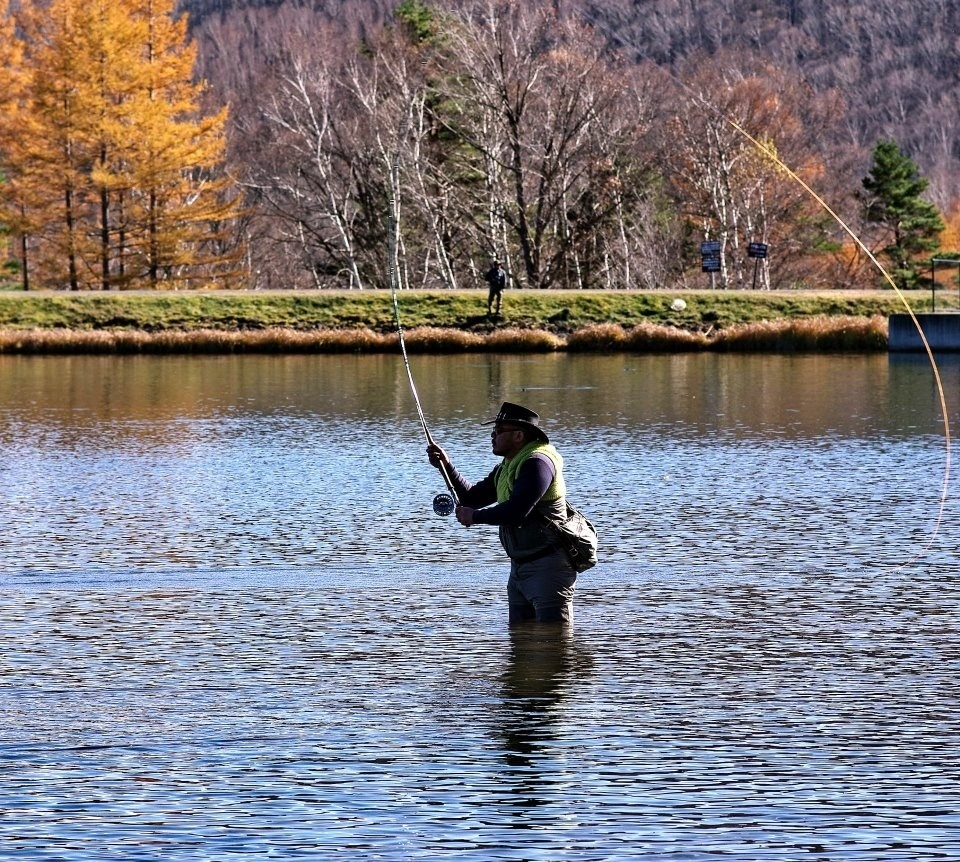 Maki caenis fly fishing guide fly tying instructor for Fly fishing casting