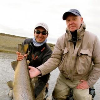 Diego Castillo, Guía de pesca con mosca, Instructor.