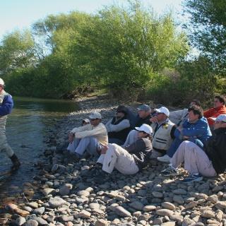 Clases en el río