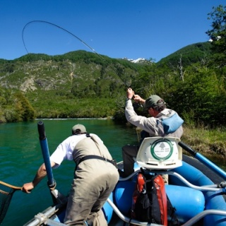 Fly fishing - Rio Manso Lodge