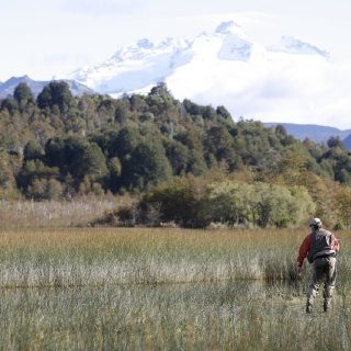 Fly fishing near de famous Tronador - Rio Manso Lodge