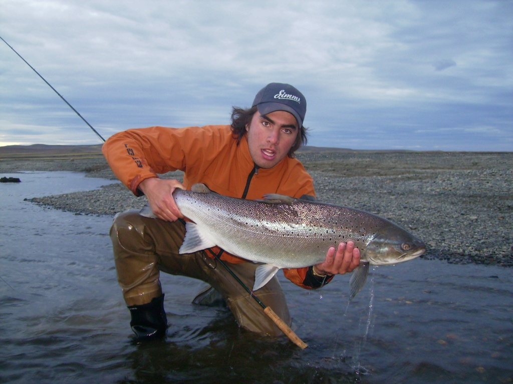 Anglers aventuras fly shop fly fishing outfitter fly for Fly fishing stores