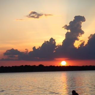 Photo-shop not needed, stunning sunset over the lake