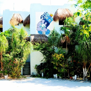 HOTEL TIERRA MAYA WITH VERY NICE AND CONFORMTABLES ROOMS