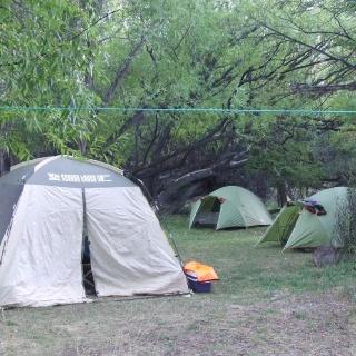 Campamento en el Limay