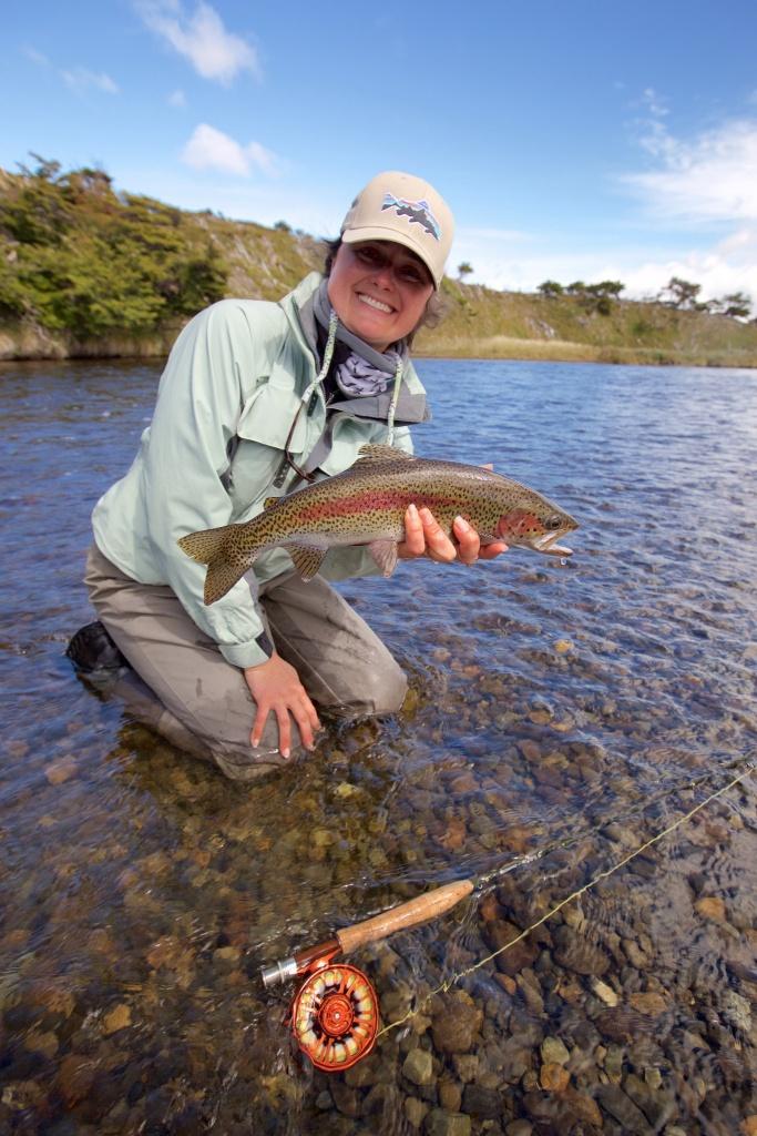 Lakutaia lodge lodge de pesca con mosca directorio de for Robalo fish in english