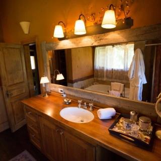 Patagonia River Ranch - Bathroom