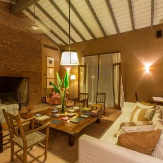 Pira Lodge Livingroom