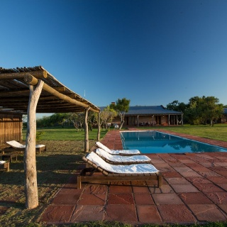 Pira Lodge swimming Pool