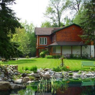 Deep Creek Lodge