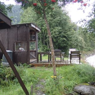 Shelter by the Gaula Flyfishing Lodge Beat 5