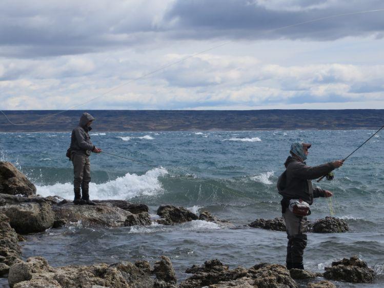Fishing report lago strobel by phil brna fly dreamers for Santa cruz fishing report