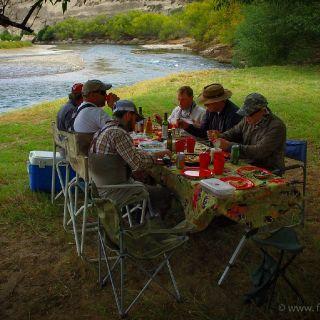 River lunch on the Collon Cura River