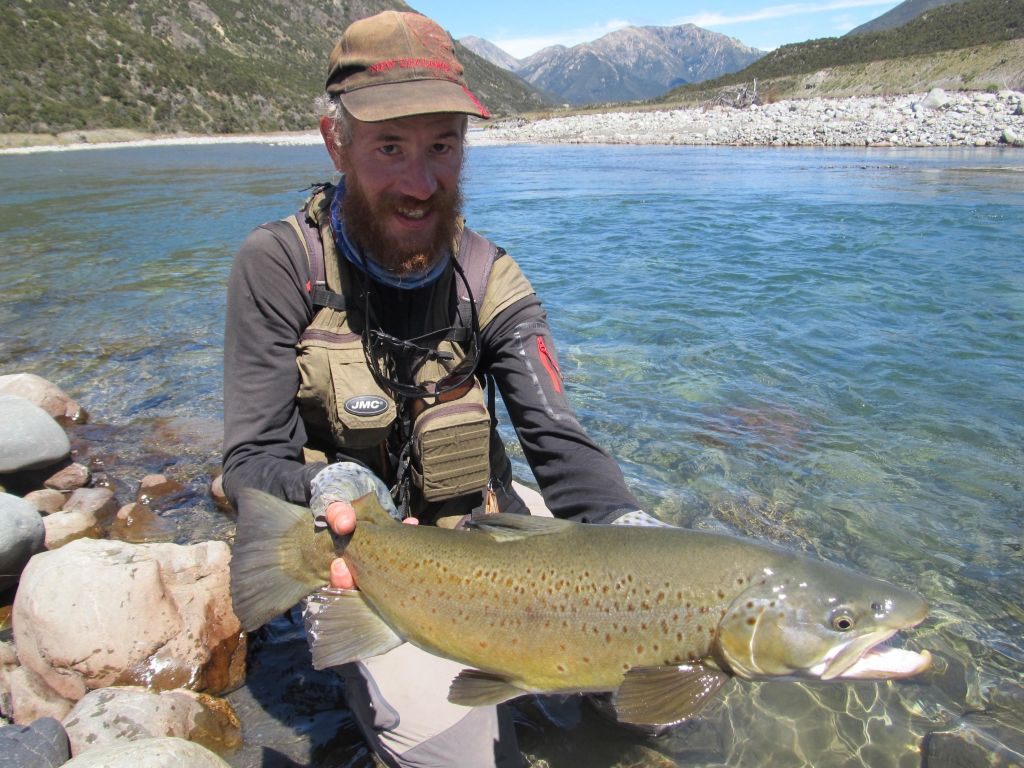 Serge a bonnafoux fly fishing guide fly dreamers directory for Fly fishing book