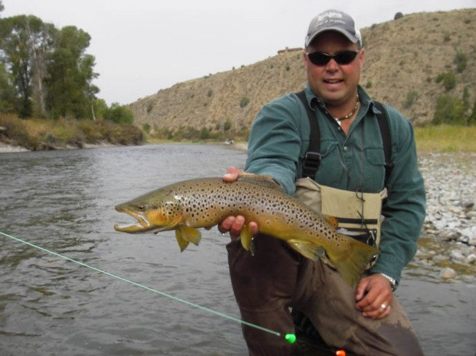 Trout chasers lodge fly fishing lodge fly dreamers for Bozeman mt fly fishing