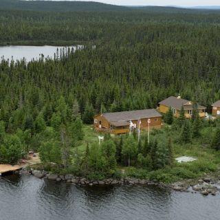 Aerial photo of Igloo Lake Lodge
