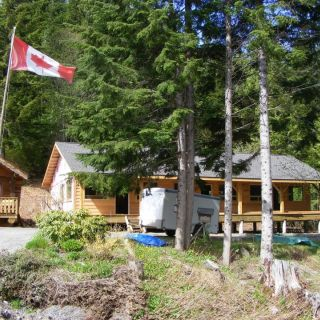 Pioneer fishing lodge fly fishing lodge fly dreamers for Terrace british columbia