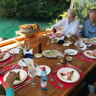 4-5 COURSE MEALS ABOARD - SURE BEATS A SHORE LUNCH , ESPECIALLY IF THE WEATHER IS OFF