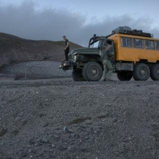 6x6 bus truck