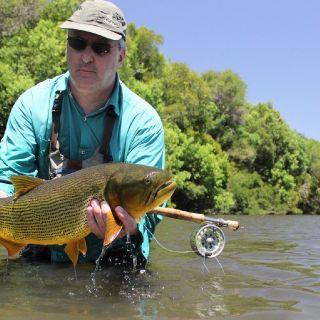 Rogerio from Rio Grande do Sul catching a Dorado.