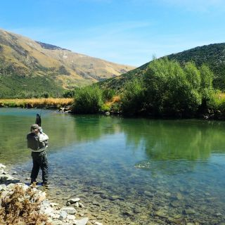 Clear waters of the Mataura River allow sight fishing to rising trout and nymph fishing to browns sighted feeding from the river bed.