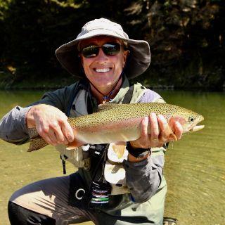 Client Kyle (USA) Fiordland Rainbow Trout South Island  New Zealand Guide: Chris Reygaert