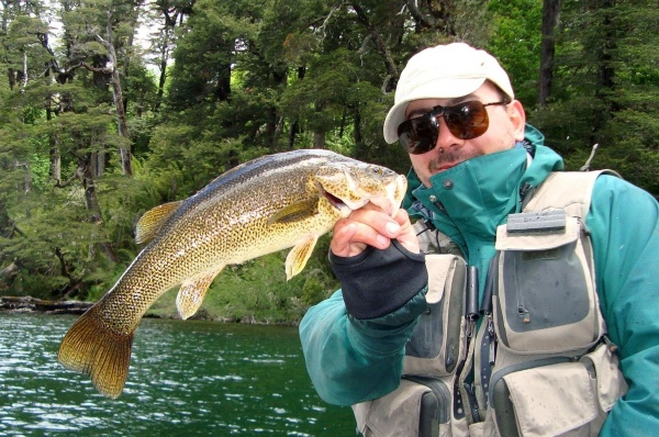 Nicolás Schwint 's Fly-fishing Photoof a <strong>Patagonia</strong> Bass– Fly dreamers
