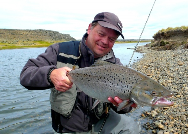 Per Brännström 's Fly-fishing Catchof a Brown trout– Fly dreamers