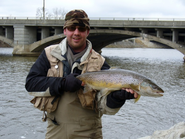 Fly-fishing Photoof Brown trout shared by Michael Tyrna – Fly dreamers