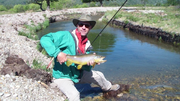 Javier Rivara 's Fly-fishing Imageof a Brown trout– Fly dreamers