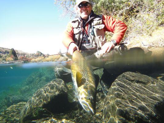 Patagonian Fly Fishing - Carlos Trisciuzzi