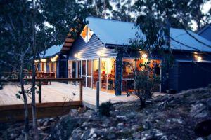 Blue Lake Lodge on Arthurs Lake
