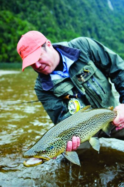 Nomads  Of The Seas 's Fly-fishing Pictureof a Brown trout– Fly dreamers