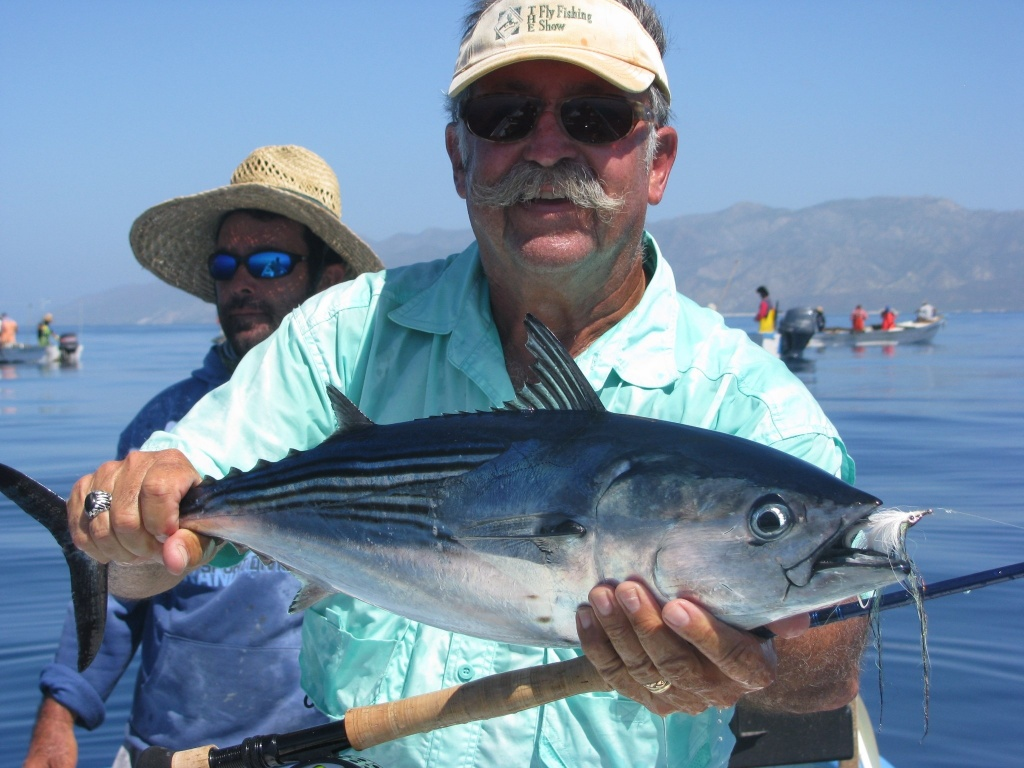Baja pirates of la paz fly fishing outfitter fly for Fishing in mexico