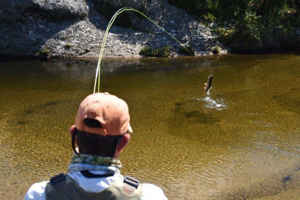 Aguas transparentes, equipos livianos, a pez visto,,,que más se puede pedir!? #Sierras Cordobesas