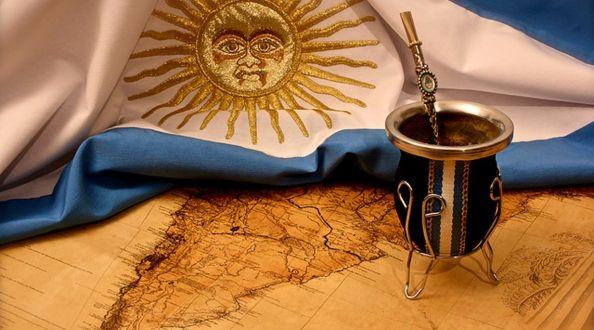 Feliz día de la Patria Argentinos !