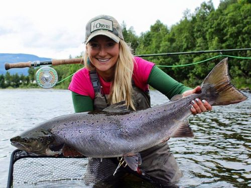 Fd:How were your beginnings in fly fishing?Marina:-Mother Like Daughter- My parents taught my brother and I the basic skill set of fly-fishing with a single handed rod from the age of around five and we moved onto double handed rods when we we...
