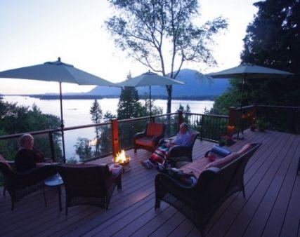 Fraser River Edge Lodge