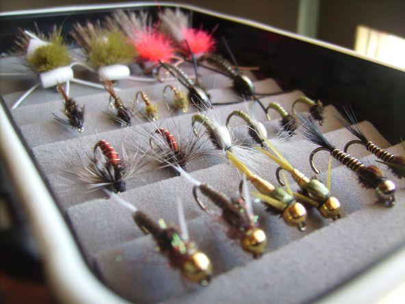 Set de moscas (ninfas) atadas para el Limay..,..