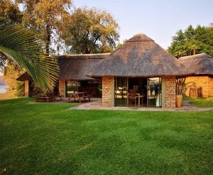 Zambezi Island Lodge